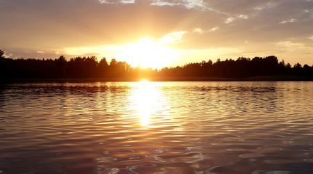 """Изображение для """"Байдарочные туры по озерам – активный отдых без отрыва от комфорта."""""""